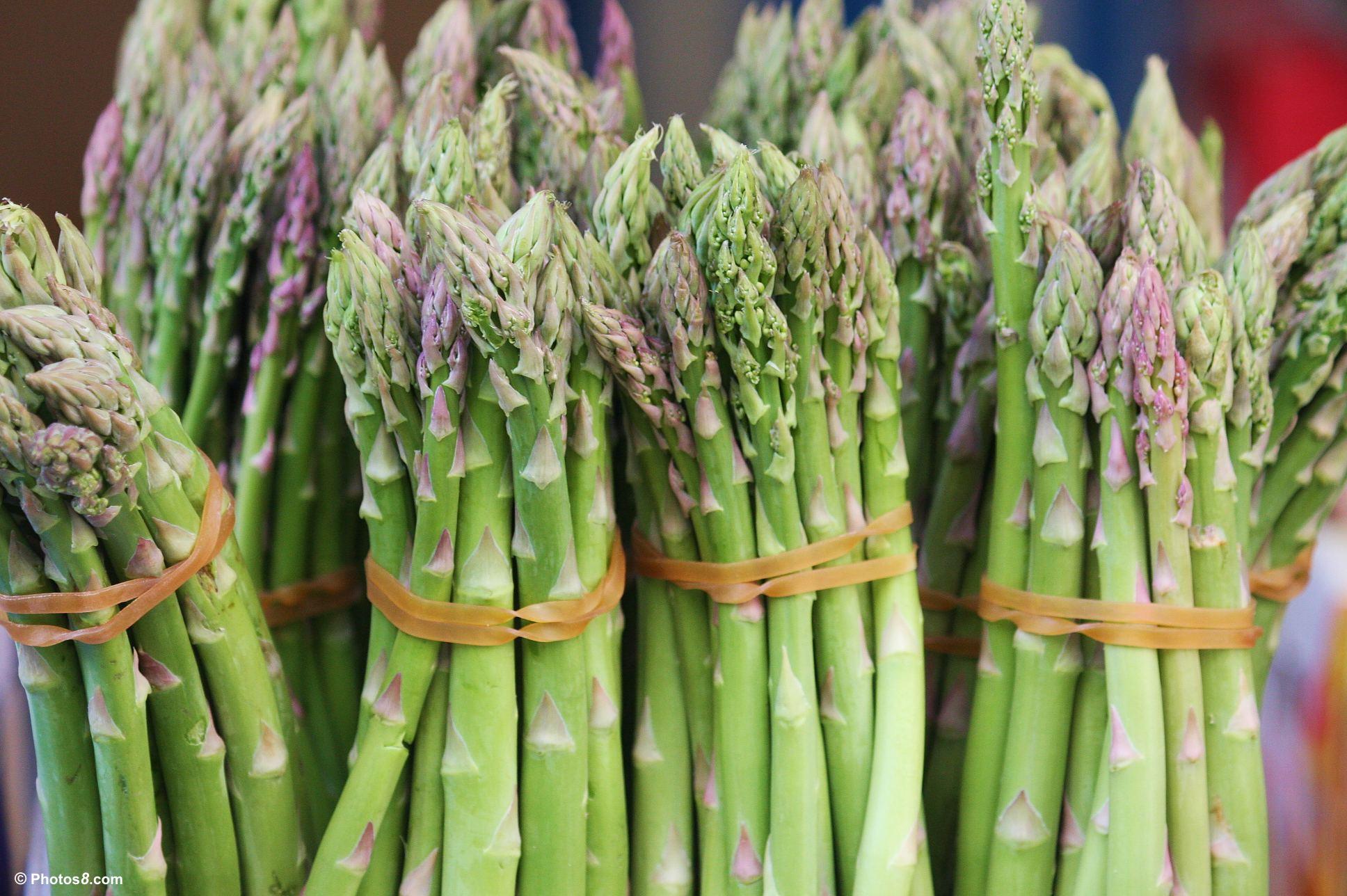 Summer Vegetables: Asparagus | Let's Get Homey, Homies!